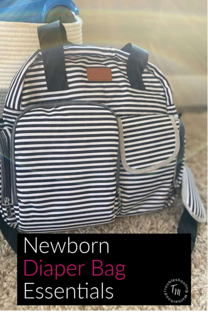 Diaper bag checklist for newborns.