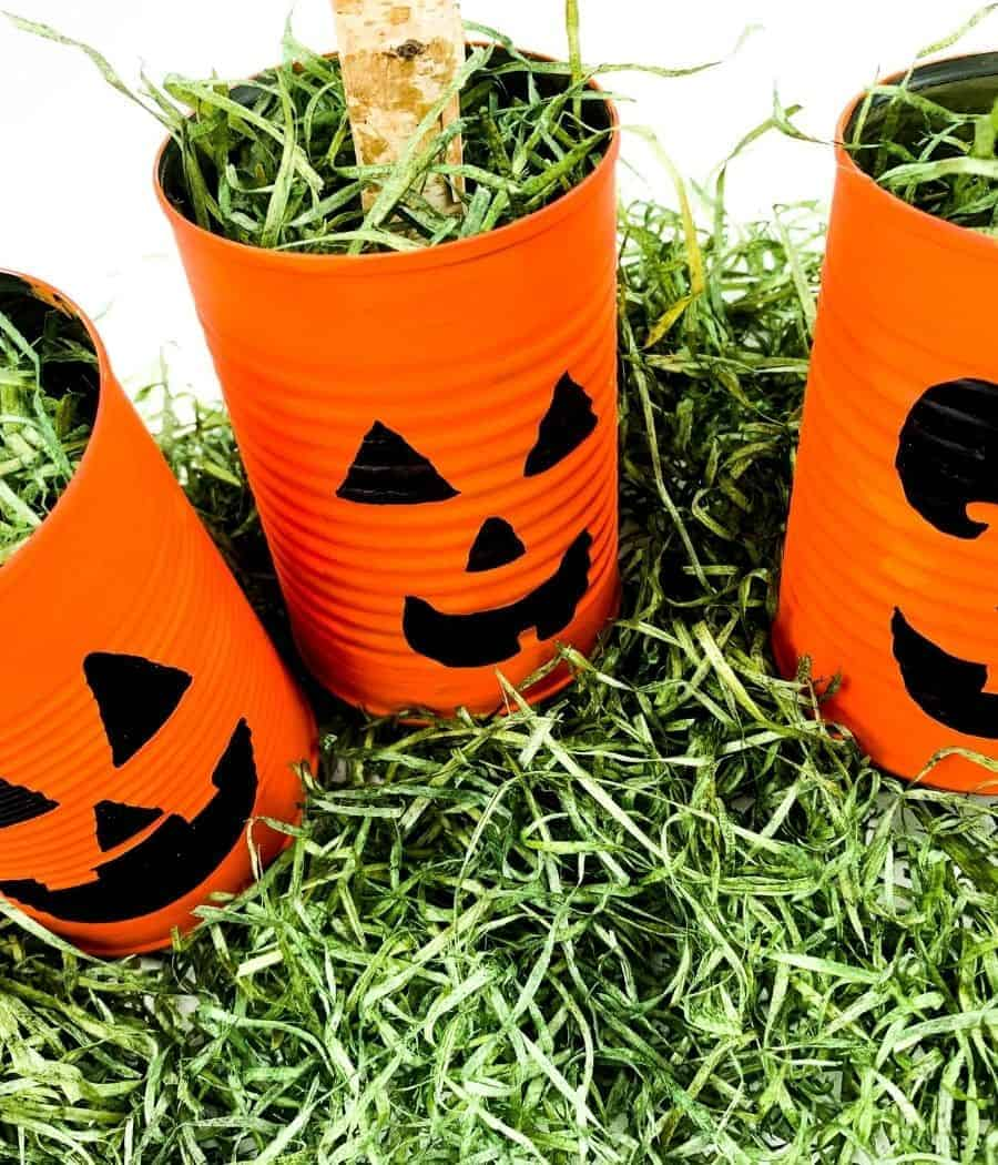Halloween tin can craft for kids
